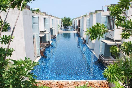 Let's Sea Hua Hin Al Fresco Resort : Let's Sea viewed from the Gaia Spa