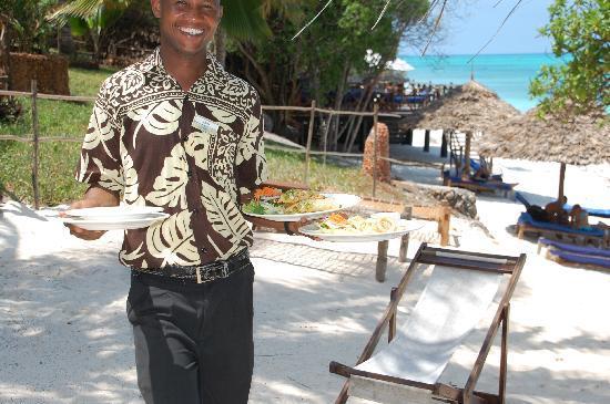 Ras Nungwi Beach Hotel: Lunch -- delicious!