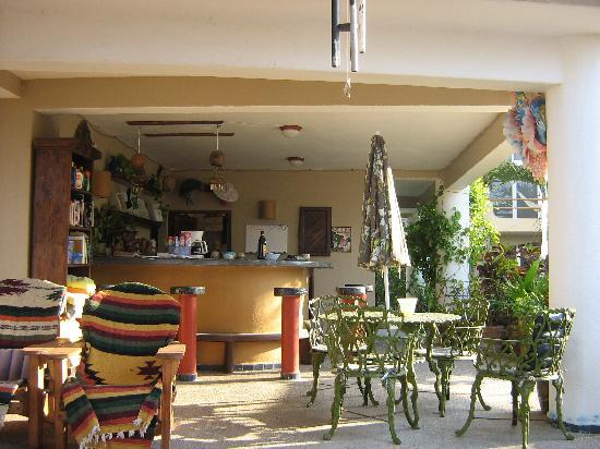 Los Suenos: patio/library/bar