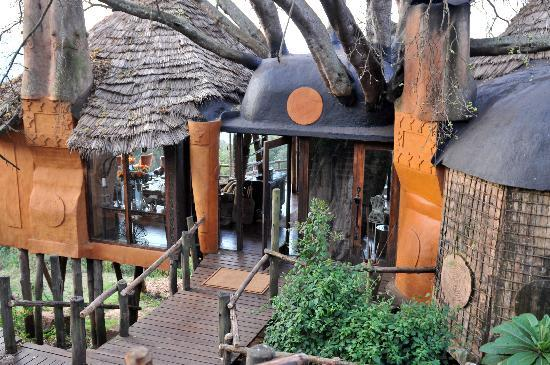 andBeyond Ngorongoro Crater Lodge: lobby vip