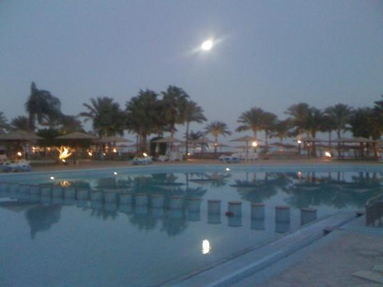 Mövenpick Resort Hurghada: Full Moon day