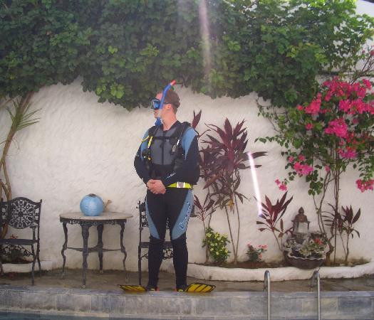 Scandi Divers: Beautiful swimming pool and lovely Danish guy~