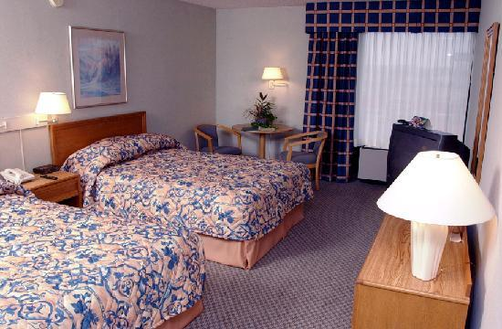Ramada Wentzville: Double Beds