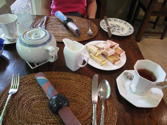 Lurline House: a welcoming afternoon tea on arrival