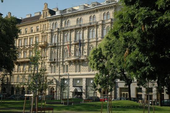 K+K Palais Hotel: Hotel Facade