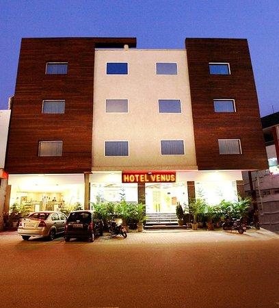 Hotel Venus: Main Photo