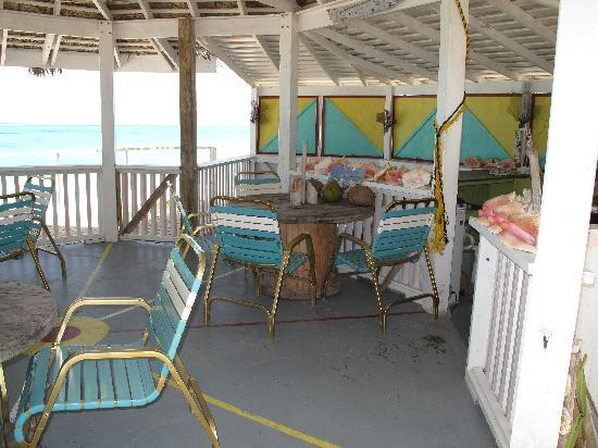Pelican Beach Hotel Bar