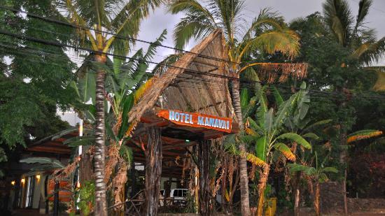 Hotel Manavai: Entrada Principal