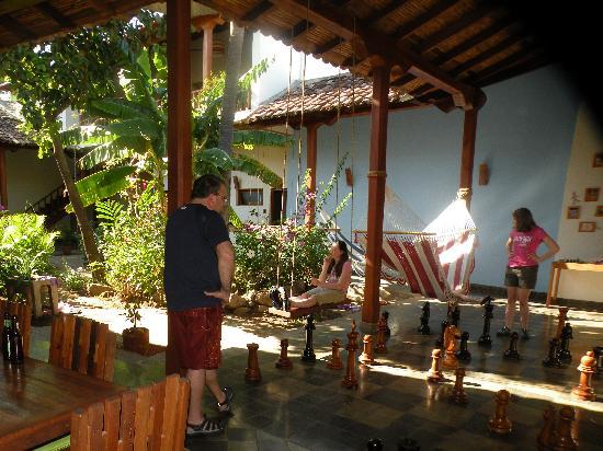 Hotel con Corazon : Hammock, swing & chess in courtyard