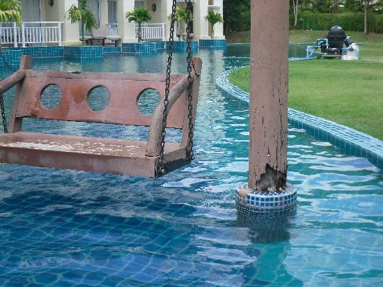 Sofitel Krabi Phokeethra Golf & Spa Resort: balancelle a retirer