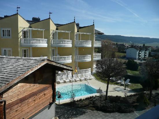 Hotel Almesberger: one of many hotel pools