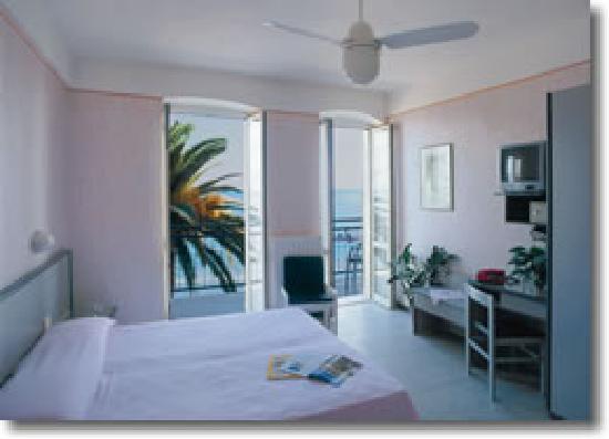 Hotel Danio Lungomare: Camera