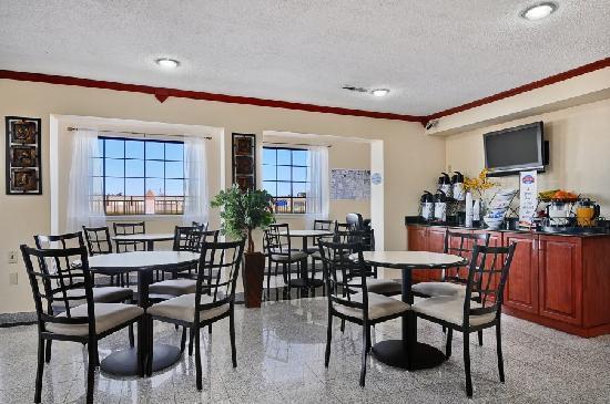 Baymont Inn & Suites Oklahoma City Airport: Lobby