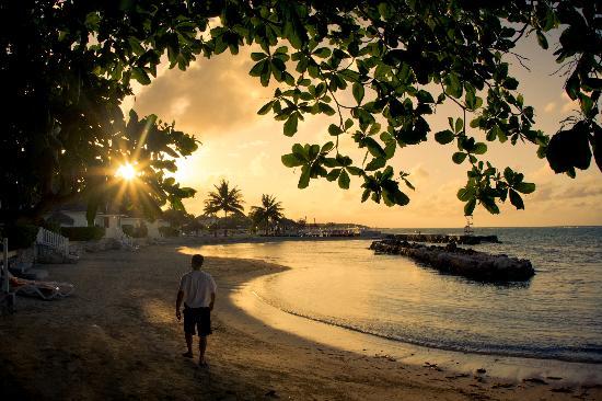 Royal Decameron Club Caribbean: gorgeous sunset