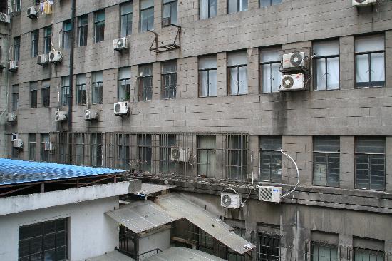 de notre chambre 1 picture of baron business hotel shanghai rh tripadvisor com