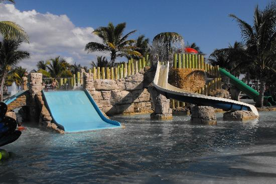 Barcelo Maya Tropical: Barcy WaterPark