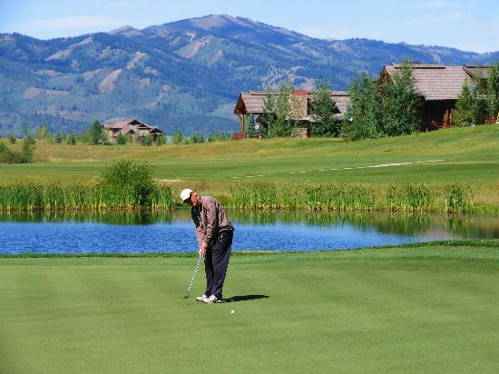 Teton Springs Lodge and Spa: Headwaters Golf Course