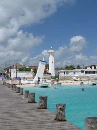 Puerto Morelos, Meksiko: Old & New Lighthouses