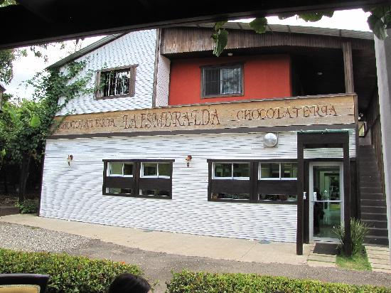 El Sendero del Cacao: Front of Factory