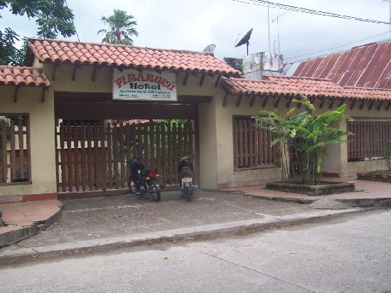 Hotel Pirarucú: fachada del hotel