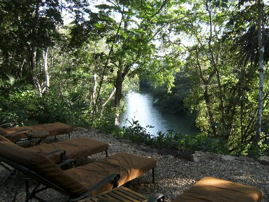 Mystic River Resort: Macal River view