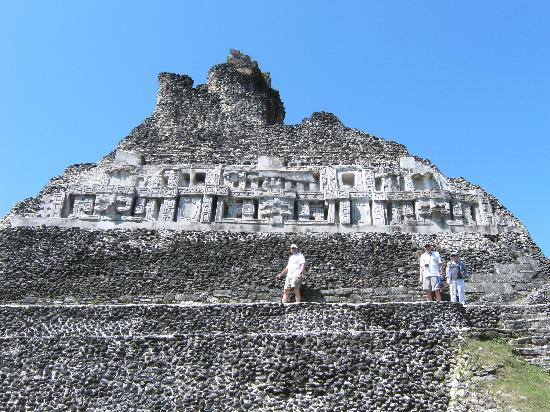 Mystic River Resort: Xunantunich