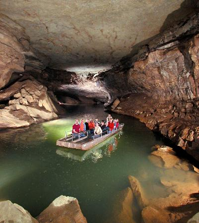Bowling Green, KY: Kentucky's Underground Boat Tour