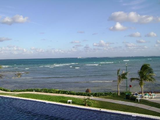 Secrets Silversands Riviera Cancun: View from Preferred Bldg 3 balcony 2nd fl