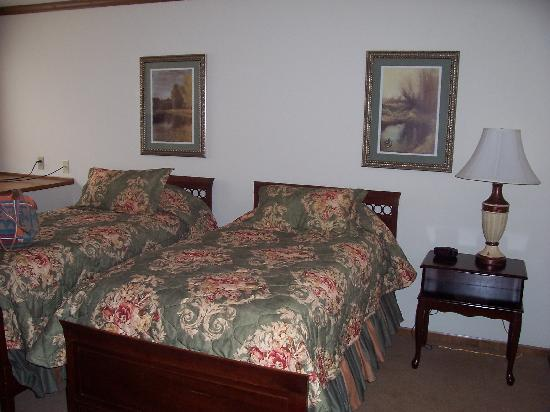 The Osthoff Resort: Upstairs bdrm 2 suite 444