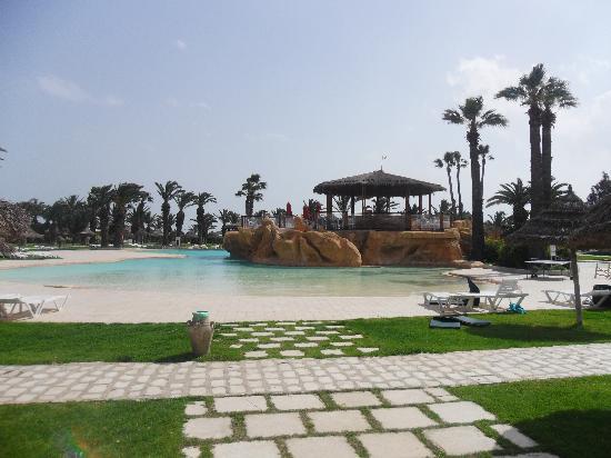SENTIDO Phenicia: Main Pool & Beach Bar