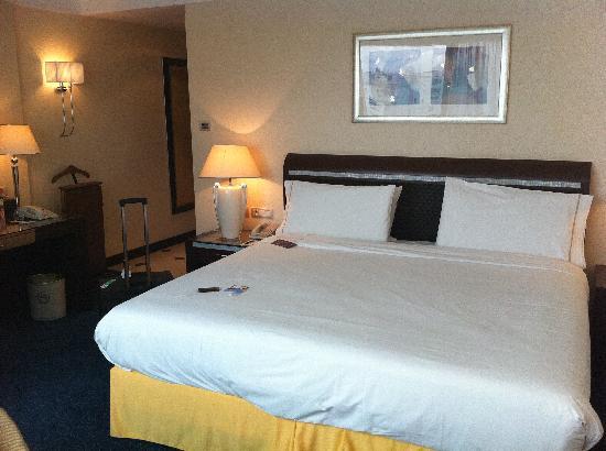 Sheraton Oran Hotel : chambre