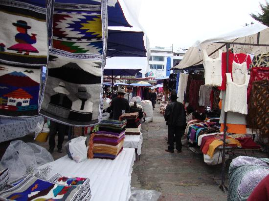Otavalo - the Weaving Guild