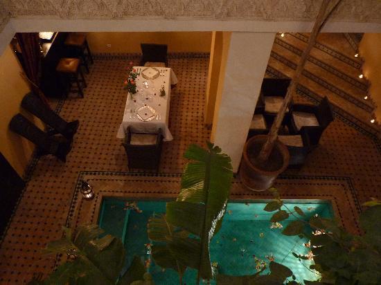 Riad Aguaviva: Romántica mesa de cena