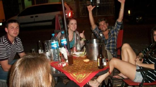 Backpacker's Hostelling Center & Champ's Sports Bar: Backpackers Party on Patio