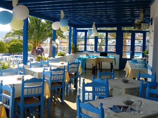 Hotel Alkyon Siros: veranda