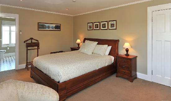 Kershaw House Boutique Accommodation: The Richmond Room
