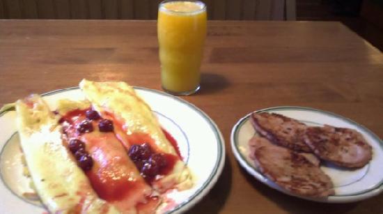 Original Pancake House : Cherry Crepes