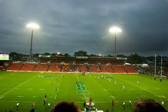 Waikato Stadium : The game begins!