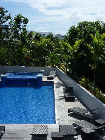 Hotel Tahiti Nui : Pool area