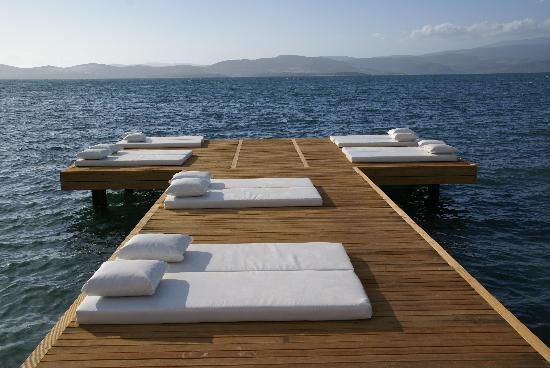 Med-Inn Boutique Hotel: Private jetty
