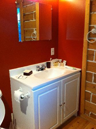 Auberge du Vieux Moulin : salle de bain