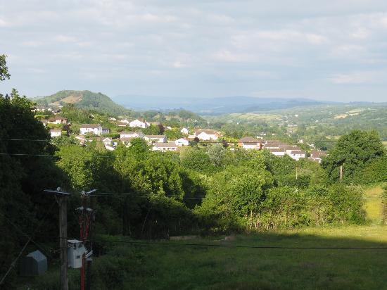 Lan Las Bed & Breakfast: View of Merlin's Hill & Towy Valley