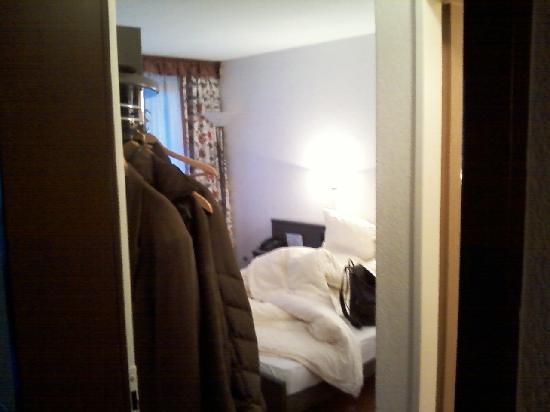 Hotel Beau-Site: Intérieur chambre nord