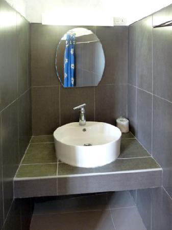 Scandi Divers: Superior-Bathroom
