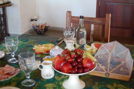 Casa Los Jazmines: Fresh Breakfast....