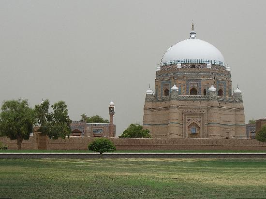 Multan, Πακιστάν: Famous tomb Shah Rukne Alam