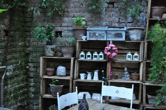 Cafe del jardin valparaiso urriola 564 restaurant for Bistro del jardin mallorca