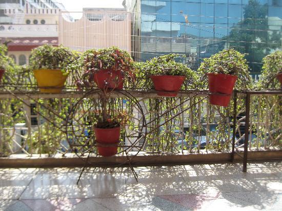 Hotel Karni Niwas : room 2 balcony