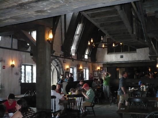 Buy Here Pay Here Orlando >> Three Broomsticks Pub - Picture of Universal Studios Florida, Orlando - TripAdvisor