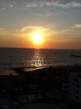 Sea Garden Nuevo Vallarta: beautiful sunsets